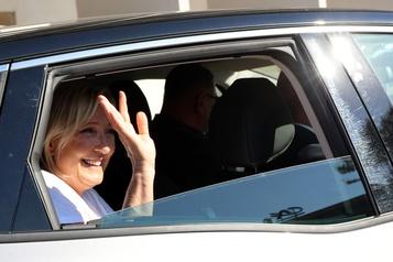 Marine Le Pen veut s'adresser à «tout le monde» en 2022)