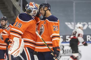 Les Oilers défont les Sénateurs 3-2)