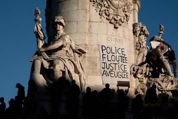 Violences policières et loi sécuritaire Sortie de crise recherchée par le gouvernement français)