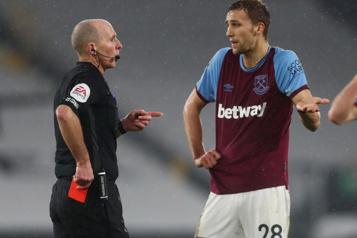 Premier League anglaise Un arbitre fait appel à la police après des menaces de mort)