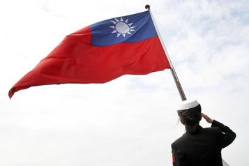 Vente d'armes à Taïwan La Chine menace les États-Unis de représailles)