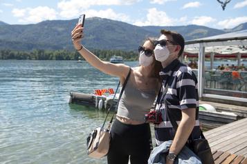 COVID-19: 320milliards de pertes pour le tourisme)