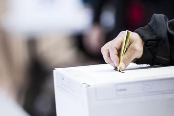 Feu vert aux élections partielles dans les municipalités )