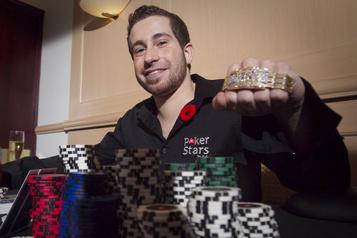 Le fisc réclame 1,2million au champion de poker Jonathan Duhamel)
