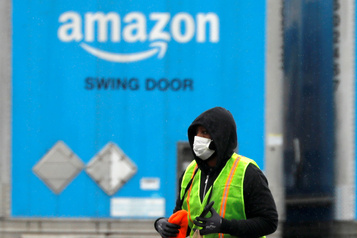 COVID-19: Amazon prend la température de ses salariés