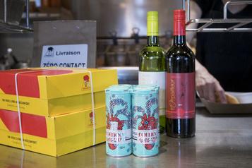 Livraison de vins et de gins québécois chez St-Hubert)
