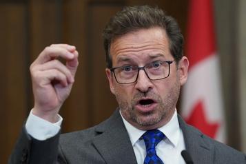Pas aux Québécois de payer pour la venue du couple royal, estime Yves-François Blanchet