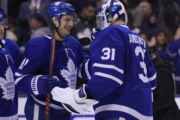 Les Maple Leafs blanchissent les Penguins 4-0
