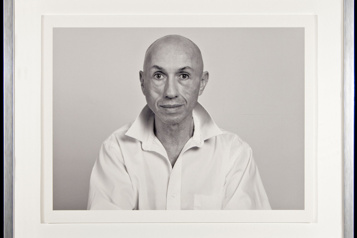 L'artiste John A. Schweitzer fait un don de 4millions à l'Université Western)