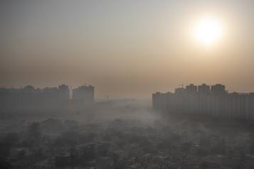 La pollution de l'air a tué près de 500000nouveau-nés en 2019 dans le monde)