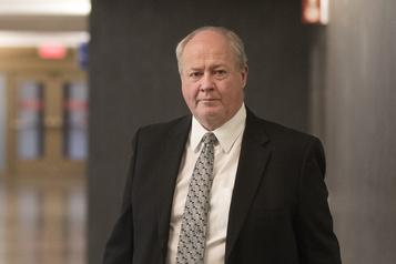 Acquitté, un ex-directeur adjoint de la SQ réclame 400000$ en frais d'avocats