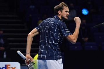Daniil Medvedev triomphe aux Finales de l'ATP)