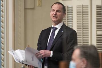 Surchauffe immobilière «Ça va s'autocorriger», dit le ministre Girard )