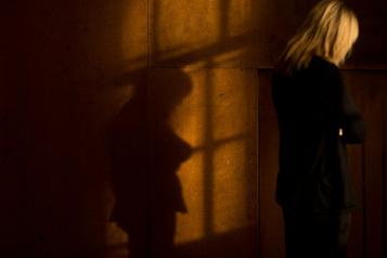 Comment aider les victimes de violence sexuelle et conjugale?