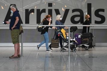 À partir de novembre Les États-Unis lèvent les restrictions aux voyages internationaux)