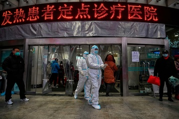 Virus en Chine: le bilan monte à 56 morts, plus de 300 nouveaux cas