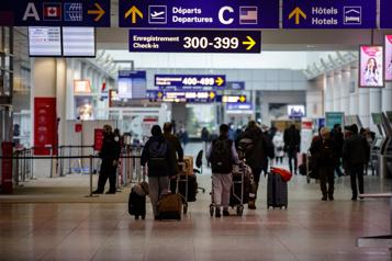 Transport aérien Le nombre de passagers a chuté de 60% en 2020)