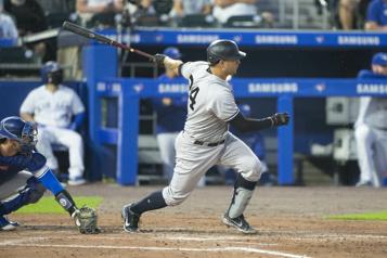Les Blue Jays s'inclinent 6-5 face aux Yankees)