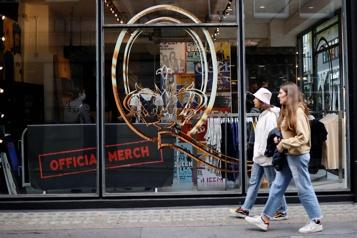 Londres Queen ouvre une boutique éphémère pour ses 50ans)