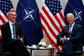 L'OTAN classe les années Trump et attend Joe Biden)