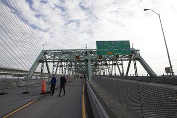 Pont Champlain: les travaux de déconstruction vont débuter)