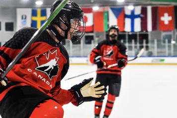 Mondiaux des moins de 18?ans Tour du chapeau de Wright, le Canada corrige la Suède?12-1)