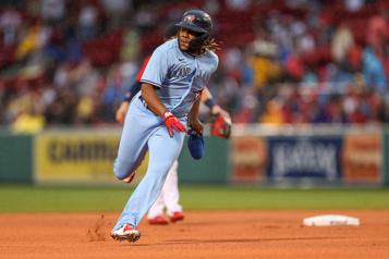 Les BlueJays rossent les Red Sox13-1)
