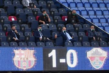 FC Barcelone Bartomeu «surpris» par le nombre de signatures contre lui)