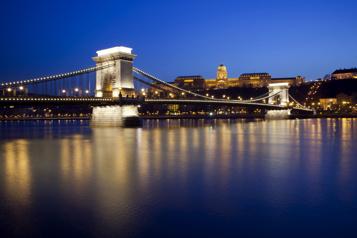 Jeux olympiques de 2032 Budapest prépare sa candidature)