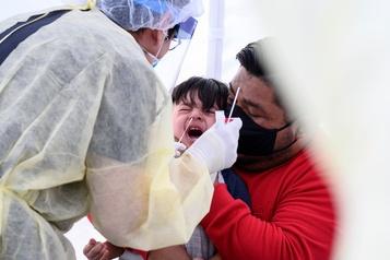 COVID-19: les jeunes enfants pourraient être extrêmement contagieux)