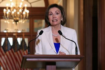 Espionnage d'élus Nancy Pelosi veut entendre au Congrès des procureurs généraux de Trump)