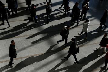 Égalité entre les sexe Parentalité et salaires seraient à la traîne, selon la Banque mondiale)