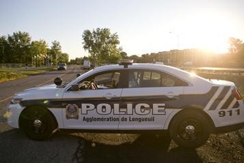 Un immeuble à logements de Longueuil évacué à la suite de coups de feu)