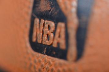 Deux nouveaux cas de COVID-19 dans la NBA)