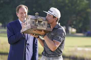 Championnat Palmetto Garrick Higgo gagne pour la première fois sur le circuit de la PGA)
