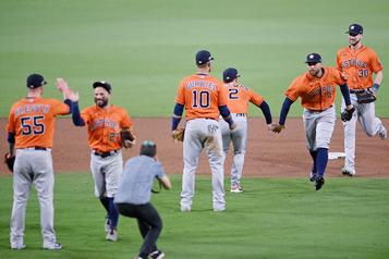 Série de championnat de la Ligue américaine Les Astros forcent la tenue d'un septième match)