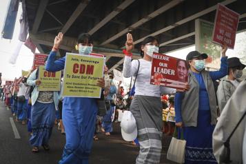 Birmanie Les fonctionnaires, figure de proue du mouvement de désobéissance civile)