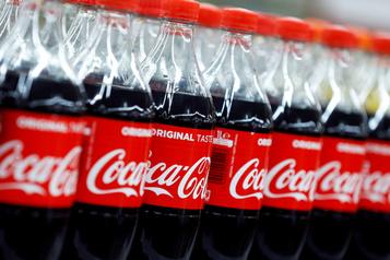 Coca-Cola rejoint le boycottage de la publicité sur les réseaux sociaux)