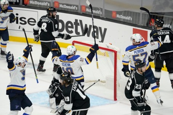 Victoire des Blues en prolongation contre les Kings)