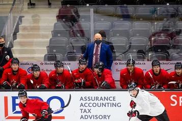 Samuel Poulin trépigne de reprendre l'action avec l'équipe canadienne de hockey junior)