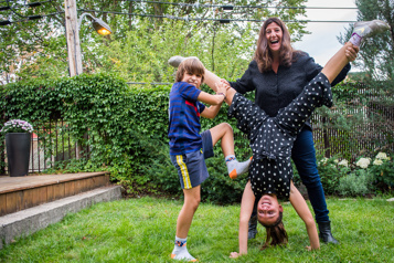 Au secours! J'ai des enfants!  Les joies etlespeines desparents québécois