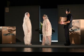 Attention: fragile, à la Maison Théâtre Commander, encore et encore)