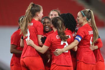 Soccer féminin Le Canada affrontera le Japon en lever de rideau)