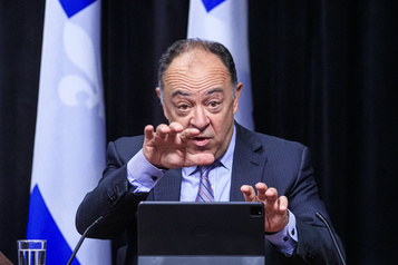 Québec dépêche des «SWAT» dans quatre CHSLD )