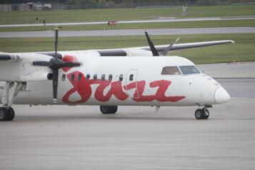 AirCanada réunit ses services régionaux sous Jazz)