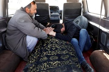 Afghanistan Le bilan de l'attentat de l'EI grimpe à 24morts)