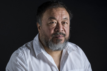 Ai Weiwei signe un plaidoyer proréfugiés)