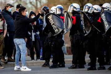 Couvre-feu Moins de contraventions malgré les manifestations)