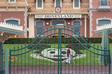 Californie Disneyland compte rouvrir ses portes «d'ici la fin avril»)