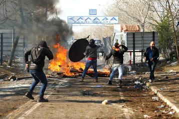 La Grèce freine l'entrée «illégale» de 4000migrants venant de Turquie